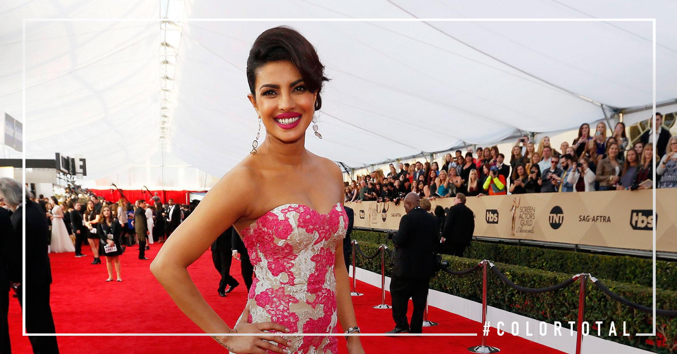 La estrella que cada vez brilla más : Priyanka Chopra peinado clásico