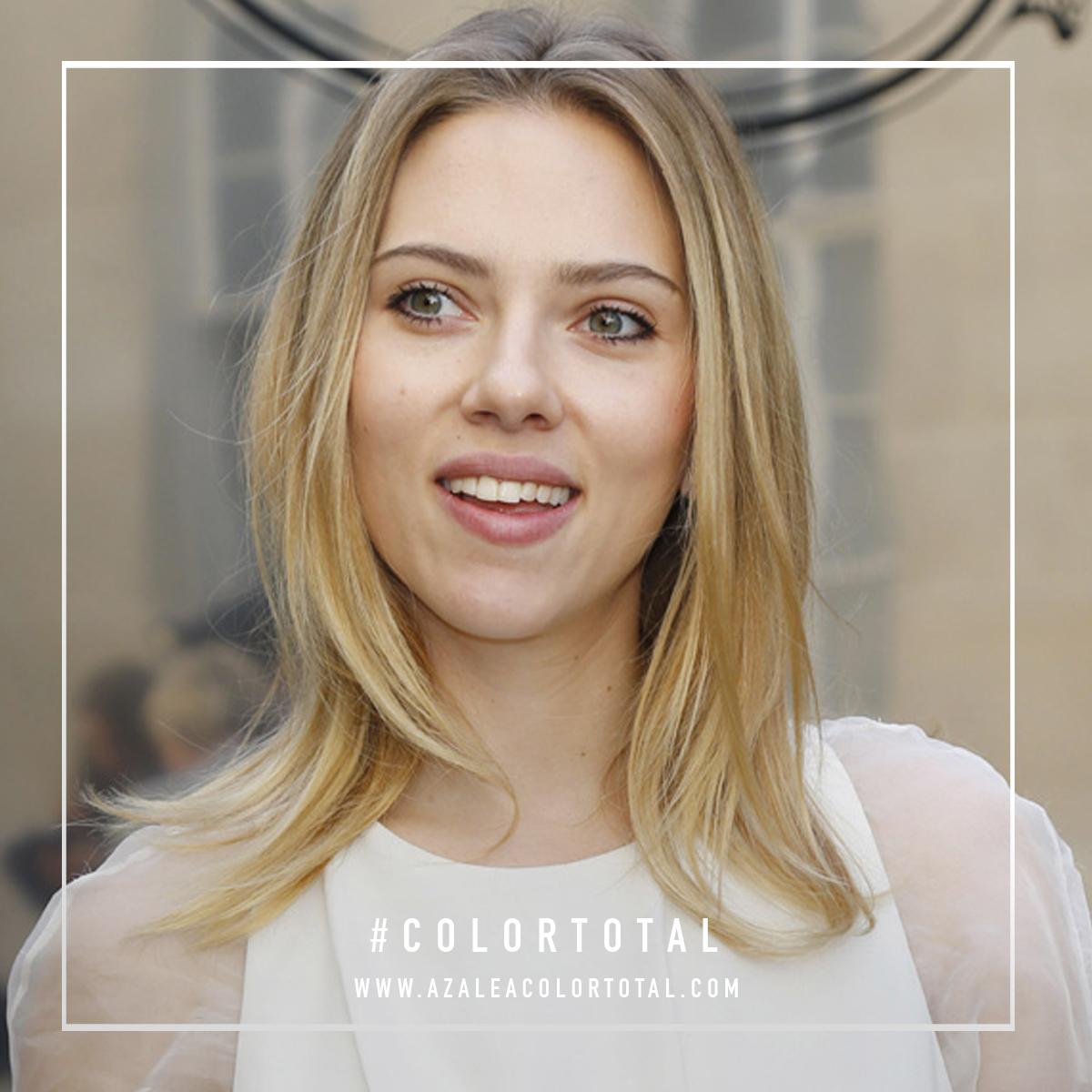 Scarlett Johansson Liso