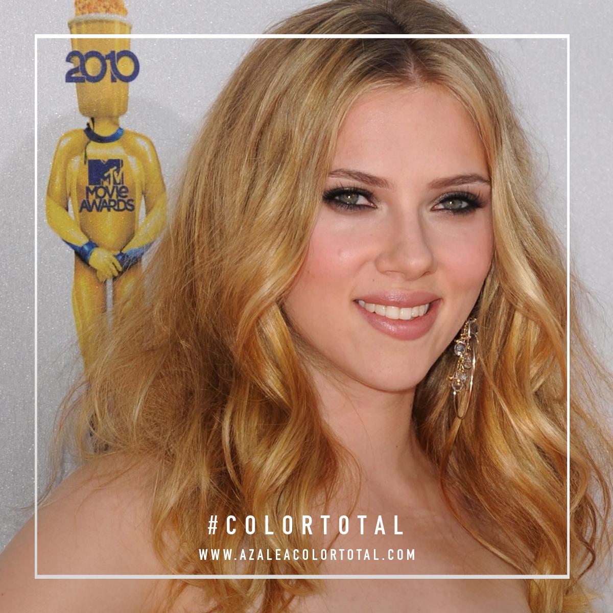 Scarlett Johansson Rizado